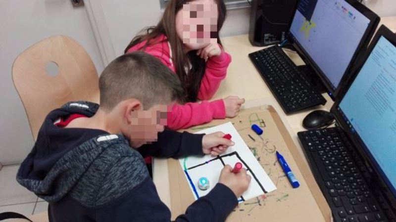 Project08-Προγραμματίζουμε τα Robot μας ζωγραφίζοντας