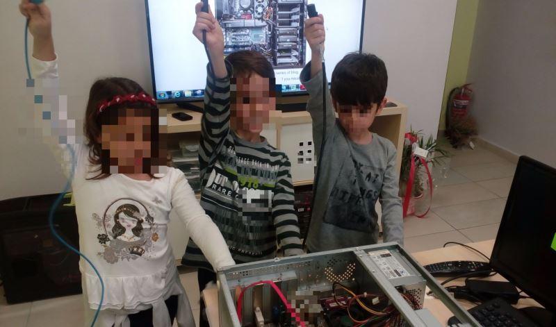Project09-Μαθαίνουμε τα μέρη του Υπολογιστή