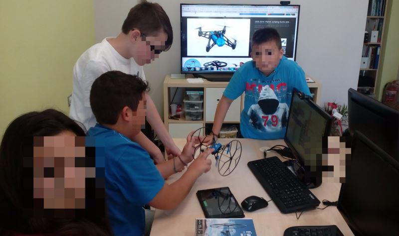 Project11-Μαθαίνουμε για τα Drone