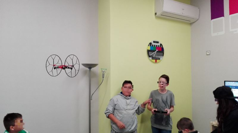 Project13-Πετάμε Drone